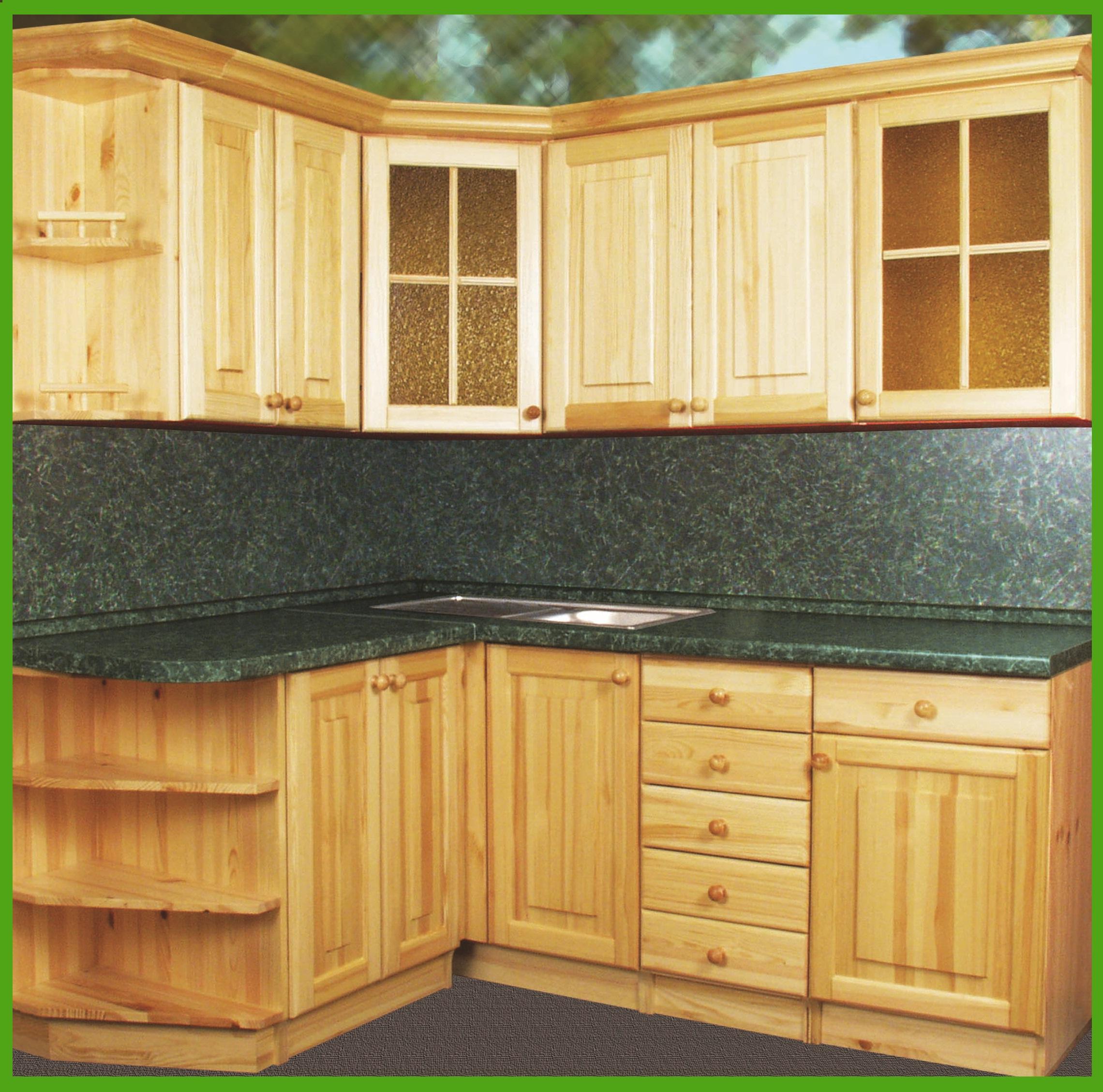 Кухонная мебель из сосны.